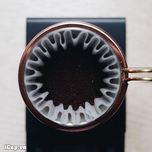 Pha cà phê với giấy lọc Kalita wave và phễu Kalita wave 185