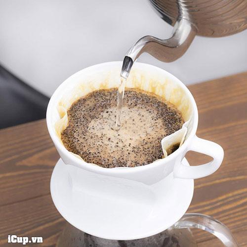 Pha cà phê giấy lọc với phễu và giấy Kalita 102 hoặc 101