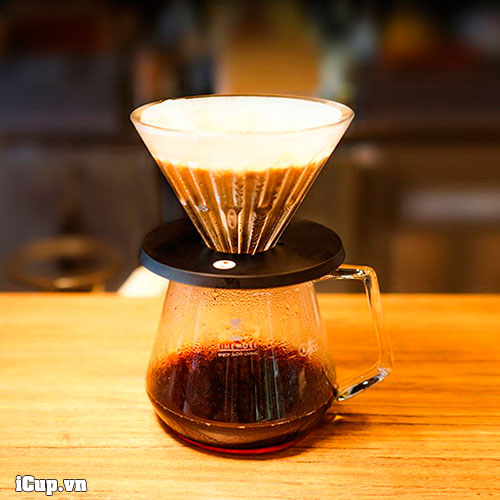 Pha cà phê với phễu pha lê Timemore Eye 01
