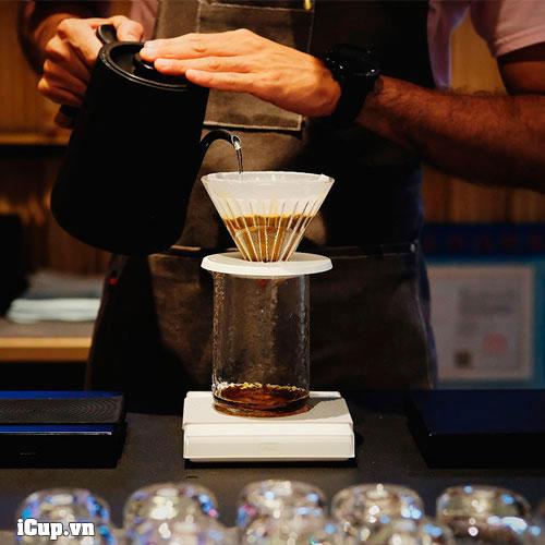 Cân điện tử Timemore Basic phù hợp để pha cà phê Pour Over
