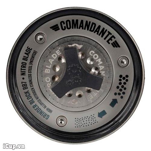 Tinh chỉnh cỡ xay cà phê bằng núm vặn bên trong với 12 điểm cỡ xay trên 1 vòng tròn